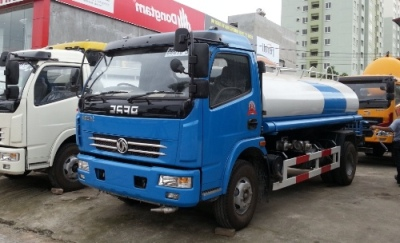 Xe phun nước rửa đường dongfeng 6 khối nhập khẩu nguyên chiếc dung tích thùng chứa 6m3