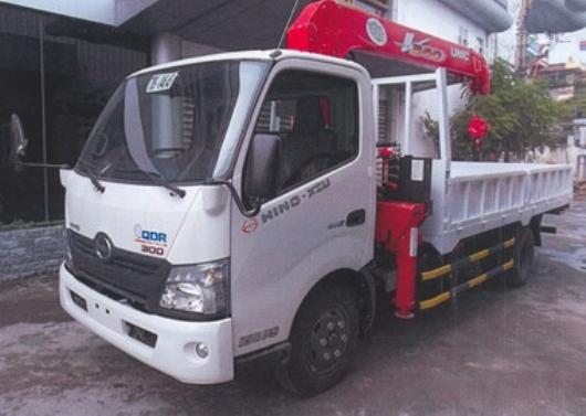 xe tải hino 5 tấn lắp cẩu unic 3 tấn 5 đoạn