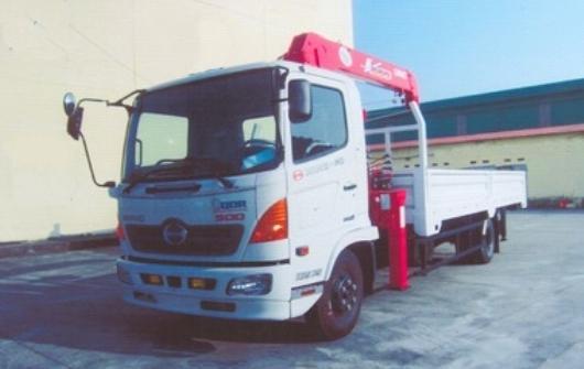 xe tải gắn cẩu unic 5 tấn