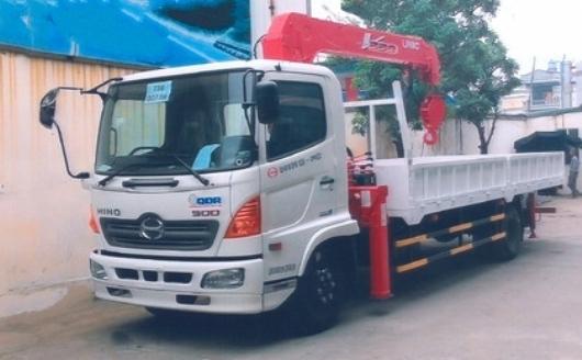 xe tải hino 6 tấn FC lắ cẩu 5 tấn