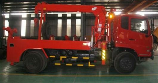 xe cứu hộ gán cẩu 8 tấn dongfeng nhập khẩu