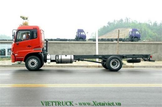 xe 8 tấn dongfeng màu đỏ