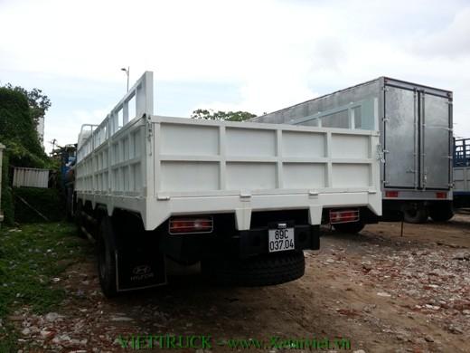 hình ảnh đuôi xe 8 tấn thùng lửng