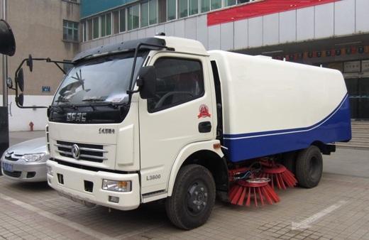 xe quét hút rác 6m3 dongfeng nhập khẩu
