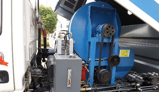hình ảnh máy bơm xe quét rác 6m3