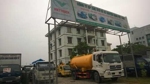 hinh anh xe hut bun 10m3 dongfeng nhap khau tại bai
