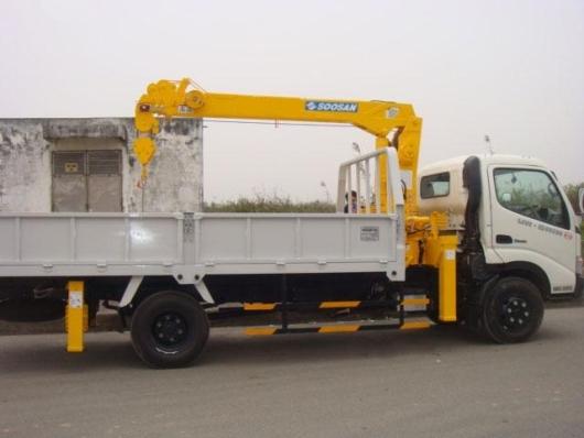 xe tải hino xzu lắp cẩu soosan 2 tấn 2