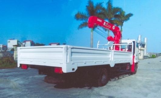 xe tải hino fc lắp cẩu unic 5 tấn