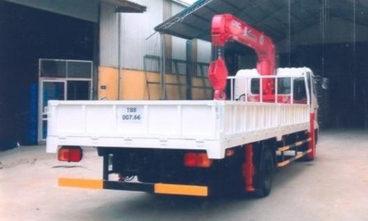 xe tải cẩu unic 5 tấn URV554 xe hino FC