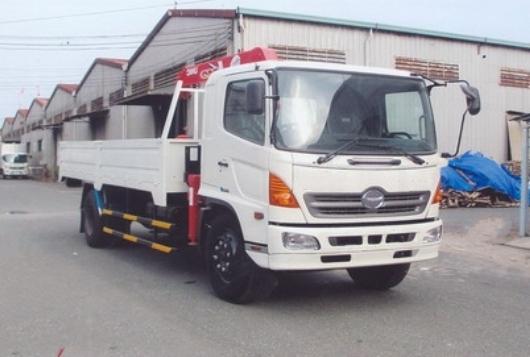 xe tải hino fg lắp cẩu unic 370