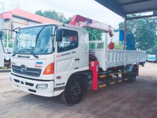 xe tải hino lắp cẩu unic 4 tấn