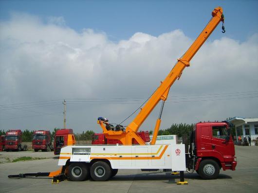 bộ cẩu xoay 360 độ xe cứu hộ howo 3 chân cẩu 20 tấn