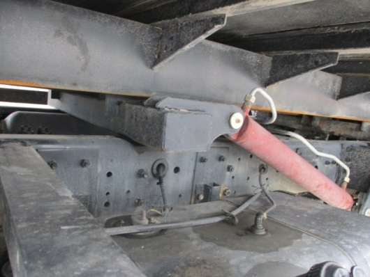xy lanh thủy lực nâng hạ sàn xe cứu hộ dongfeng 3,5 tấn