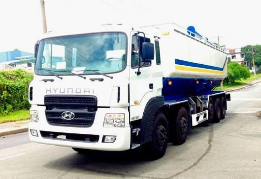 xe bồn chở cám hyundai hd360
