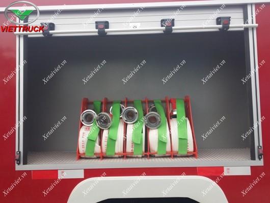 ống mềm kem theo xe cứu hỏa